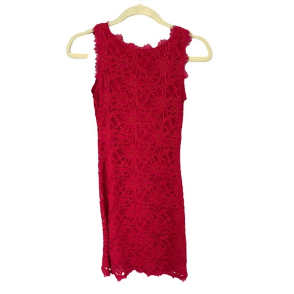 Wendye Chaitin Red lace bodycon dress